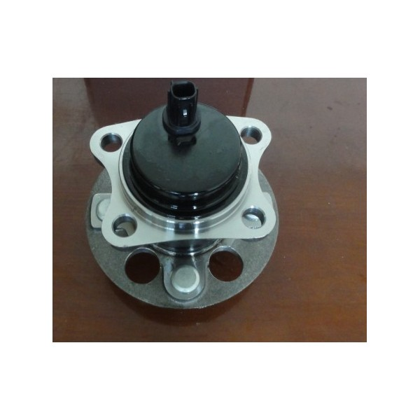 http://www.hdeautoparts.com/299-411-thickbox/toyota-3dacf026f-24-42450-52060-wheel-hub-unit-.jpg